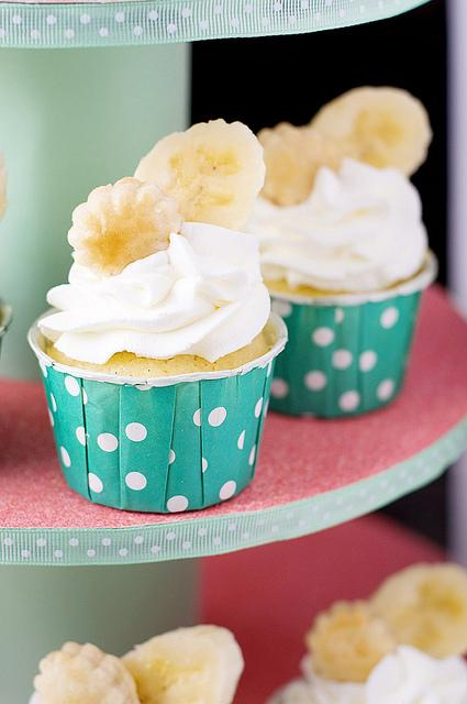 How To Make Banana Cream Pie Cupcakes - Paperblog