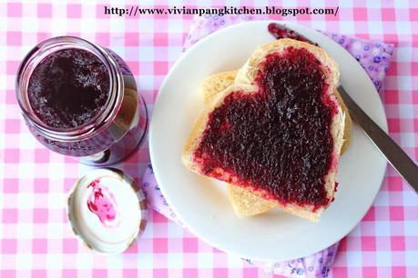 Homemade Roselle Jam (洛神花酱)