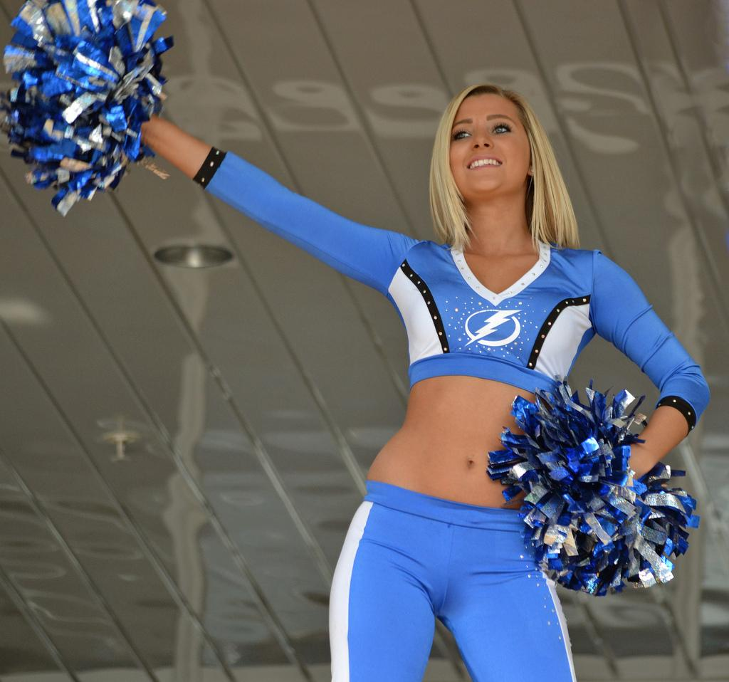 Tampa Bay Lightening Ice Girls