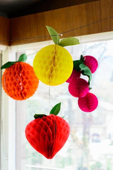 DIY Fruit tissue balls