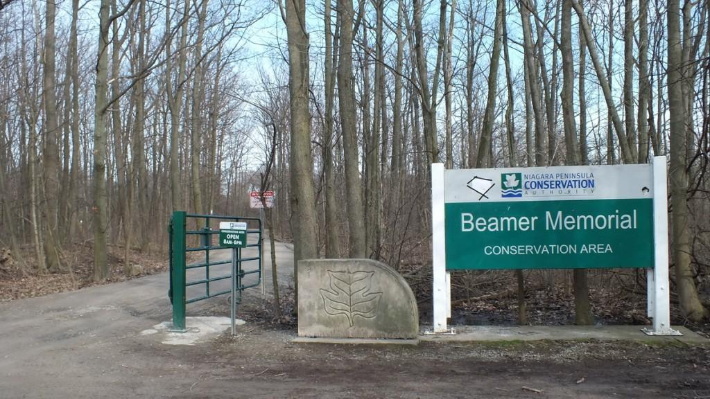 Beamer Memorial Conservation Area sign, Grimsby