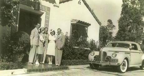 Old Hollywood Glamour 1940 style - Tuxedos, False Eyelashes, Daiquiris and Dancing the Conga.