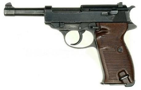 Bond keeps up his tradition of using Nazi guns by switching from the PP to the PPK to the P38.