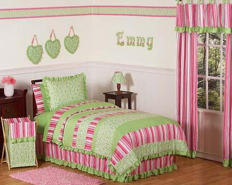 Summer Bedroom Makeovers for Girls