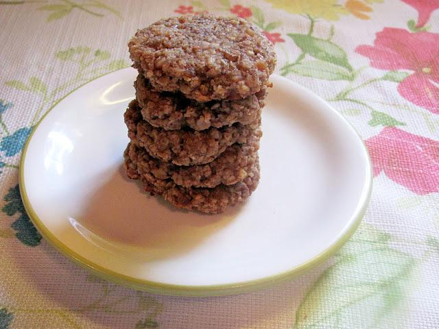 Healthy Peanut Butter Oatmeal Cookies! (No Flour!)