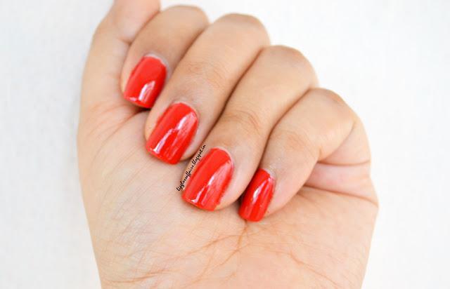 Red Nail Polish Colors Envy-dangerously-red-nail-