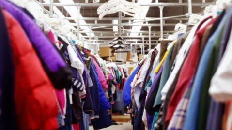 The benefits of shopping at thrift stores is endless and different for everyone's individual needs. Some of the reasons why I love getting second hand