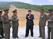 Jong Visits Construction Park