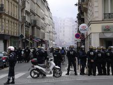 Getting Police Barricade