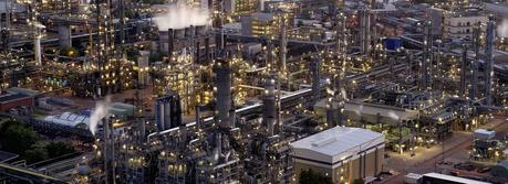 Steam cracker II, the largest individual plant at BASF's Ludwigshafen site, covers a surface area of about 64,000 square meters. (Credit: press photo BASF)