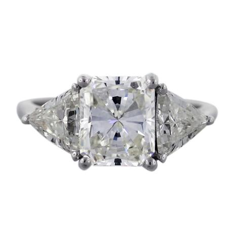 3.53 ct Radiant Cut engagement ring with trillions