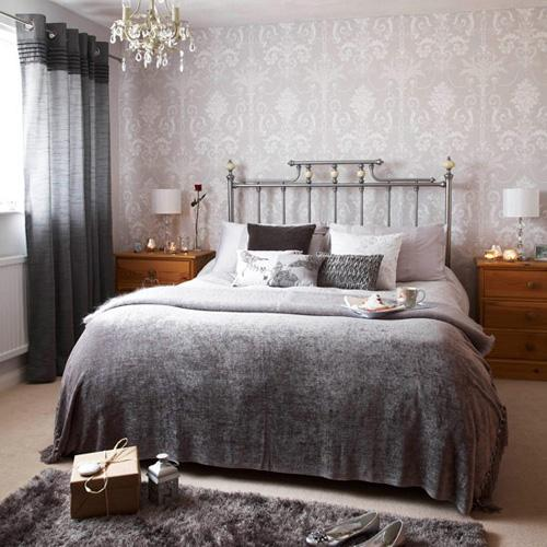 Decorating the wall behind your bedroom headboard paperblog for Grey bedroom wallpaper