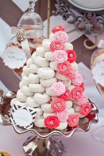 donut cake1 Non traditional Wedding Cakes