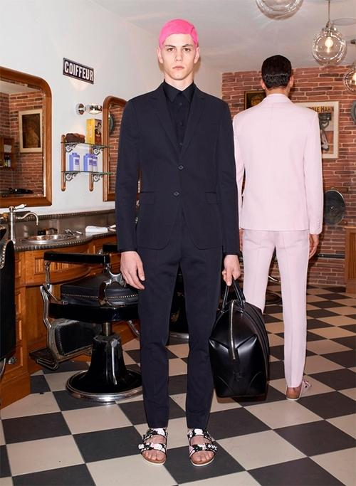 Givenchy Pre-Spring 2014 Menswear Lookbook View the complete...