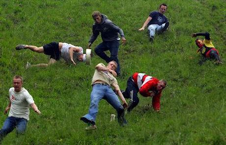Cheese Rolling Race Goes Ahead Despite Health And Safety Warnings