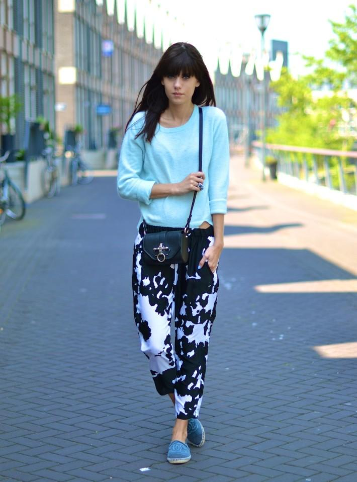 outfit cow print trousers chanel espadrilles