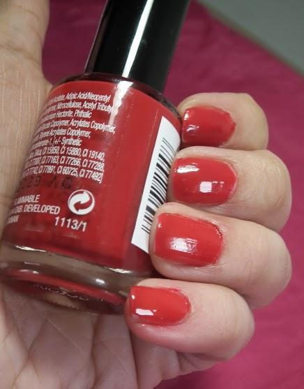 Collection Lasting Gel Colour Red Hot Nail Polish