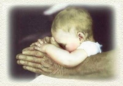 baby+praying+hands