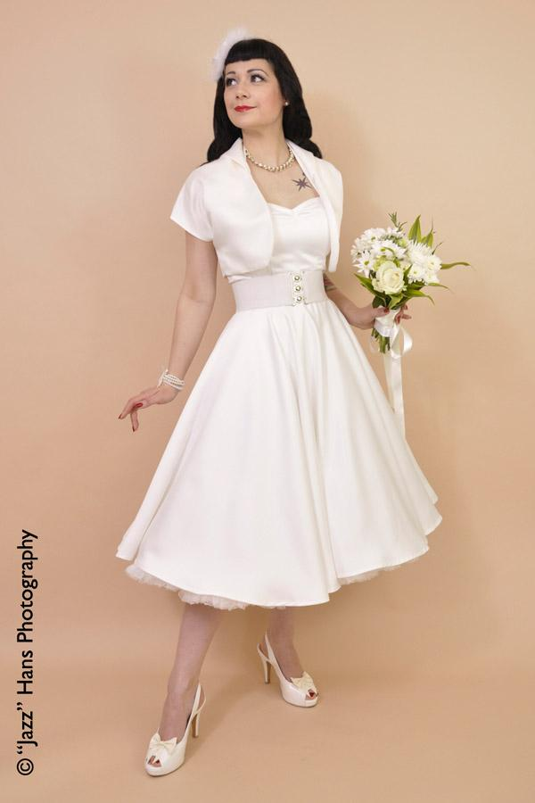 New Sponsor Welcome Vintage Wedding Dresses From Vivien Of Holloway