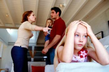 family-fighting