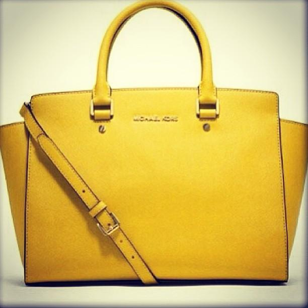 Today's Object of Desire: Michael Kors Selma #bags #accessories #fashion #michaelkors