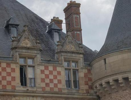Photo of window in chateau