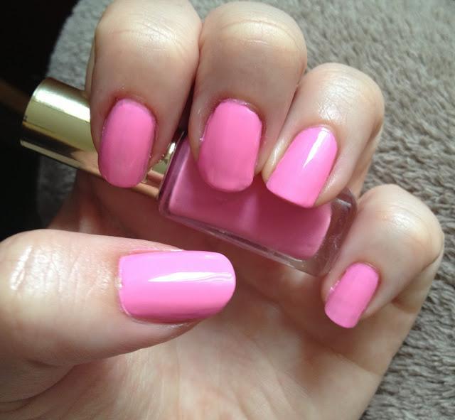 L\'Oreal Colour Riche Go Neon Nail Polish. - Paperblog