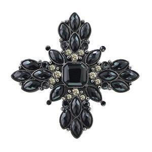 31920 300x300Brooch Fever: Unique Ways to Wear It
