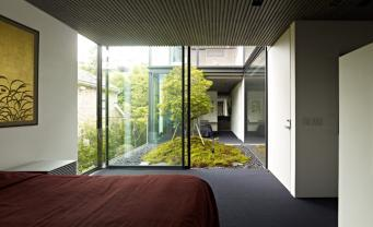House-S by Keiji Ashizawa