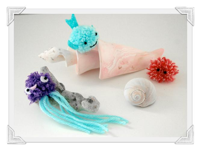 Cute pom pom sea creatures tutorial paperblog for Cute pom pom crafts