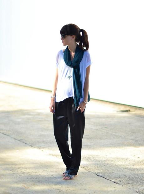 slouchy summer look silky trousers