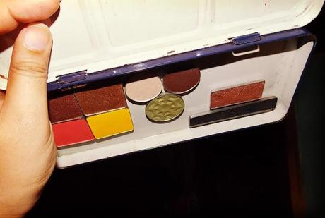 Make Your Own Eyeshadow Palette WITHOUT Magnets!