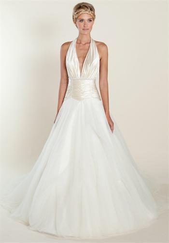 Aisle style halter wedding dresses paperblog for Wedding dresses halter style