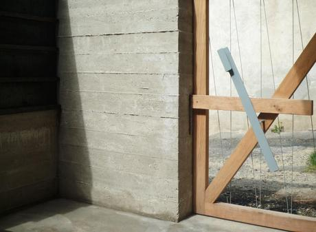 Wood and the Dog by StudioErrante Architetture 7
