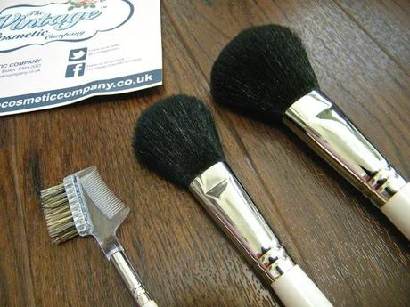 Review: The Vintage Cosmetic Company Brushes