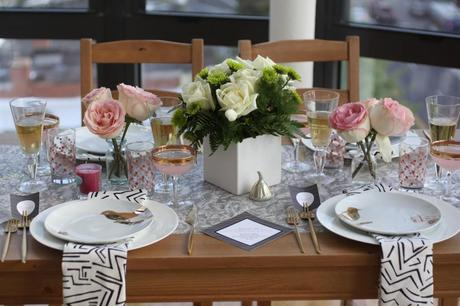 How to set up a room for a dinner party