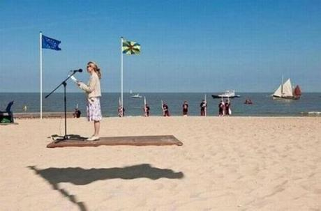 (This woman is not levitating on a floating platform.)