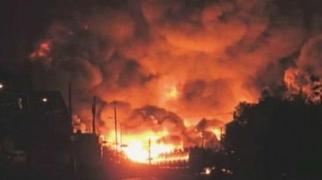 Quebec Town Ablaze After Oil Train Derailment Sparks Chain of Explosions