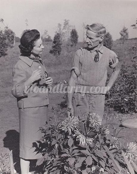 Vivien Leigh and her gardner at Tickerage Mill