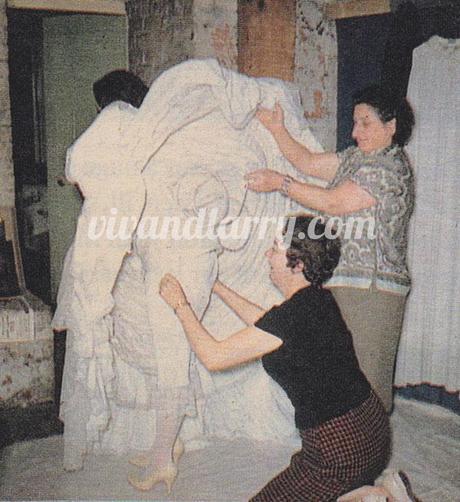 Vivien Leigh being dressed