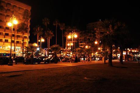 Larnaca by night Larnaka kveldstid