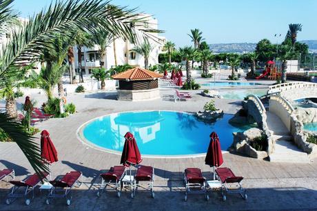 Crown Resorts Henipa pool basseng