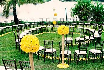 creative seating for outdoor weddings paperblog