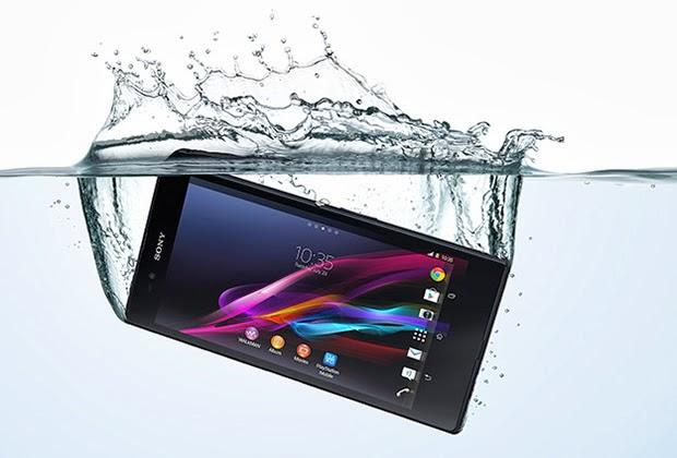 sony launches giant waterproof xperia z ultra smartphone that can also take underwater pictures. Black Bedroom Furniture Sets. Home Design Ideas