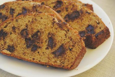 a sweet-tooth brunch: dark chocolate banana bread