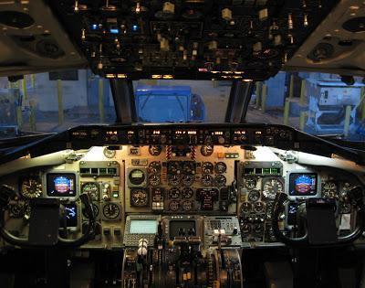 Something Odd About MD80 Flight Controls