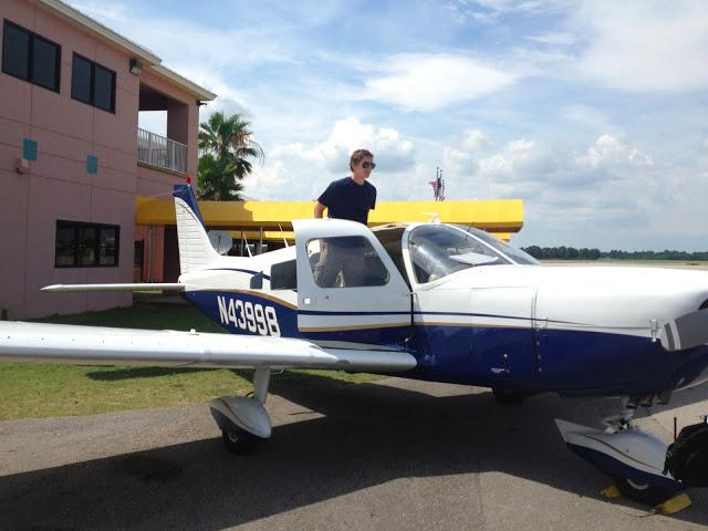 Piper PA-32 Cherokee Six Flight with Joseph Olmstead