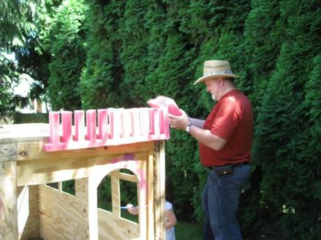 grandpas castle yes spaces 700x525 DIY Playhouse: Princesses Can Build a Castle Too!