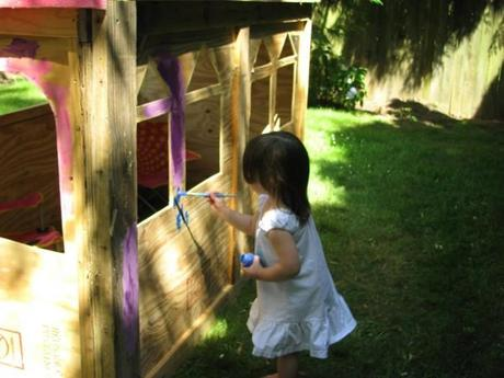 painting yes spaces castle 700x525 DIY Playhouse: Princesses Can Build a Castle Too!