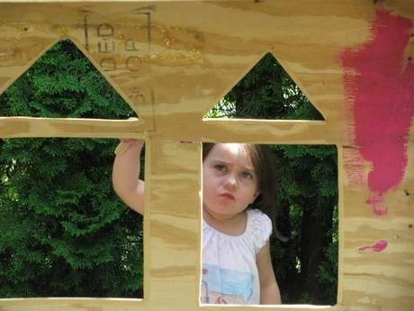 concentrating painting yes spaces castle 700x525 DIY Playhouse: Princesses Can Build a Castle Too!